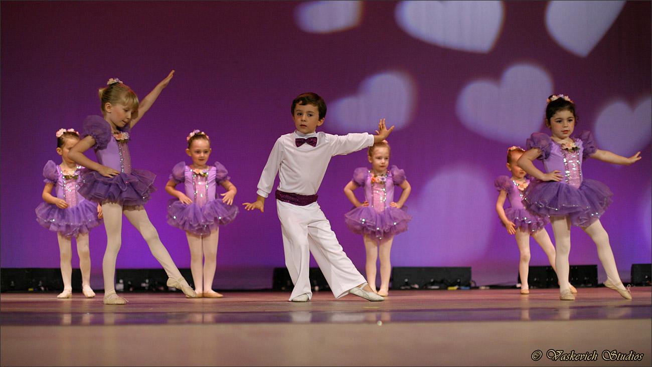 dance-recital-performing-arts-video_161128-161131-img_9753